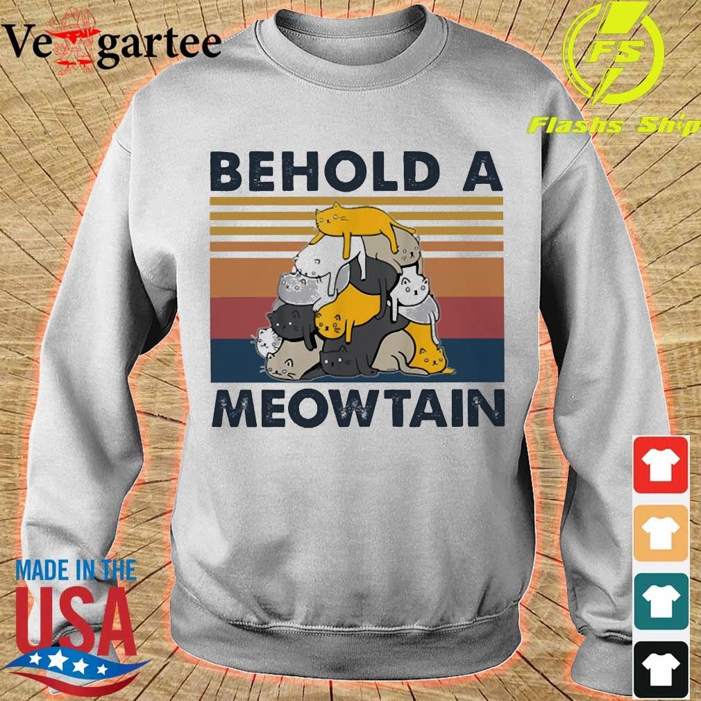Behold a Meowtain vintage s sweater