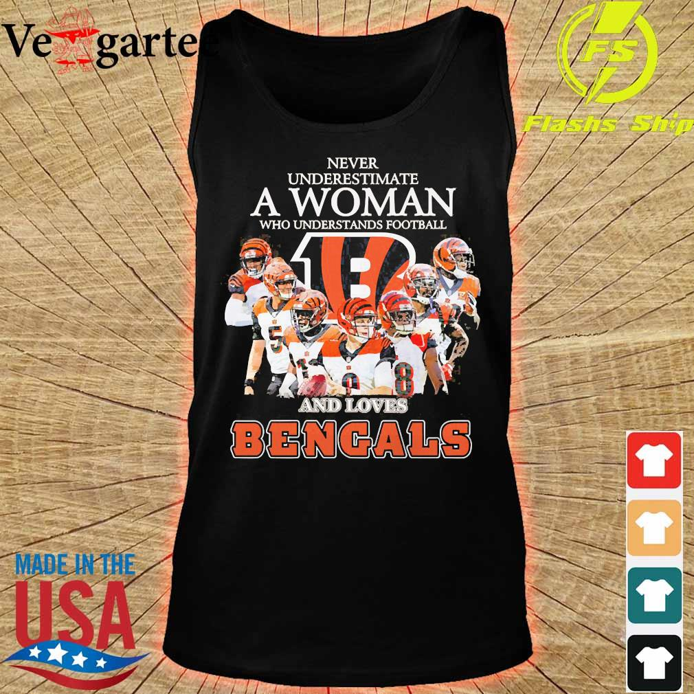 Never underestimate a woman who understands football and loves Bengals s tank top