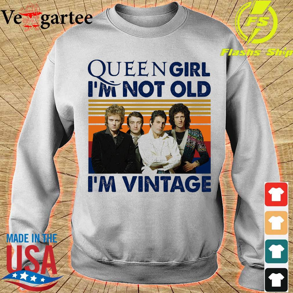 Queen girl I'm not old I'm vintage s sweater