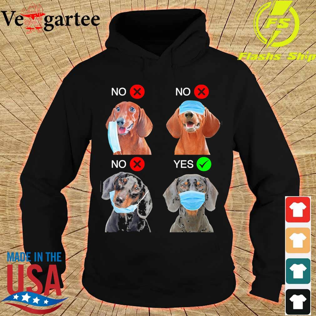 Dachshund Right Way To Wear Mask s hoodie